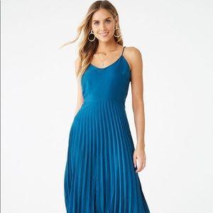 Forever 21 Satin Accordion-Pleat Cami Dress